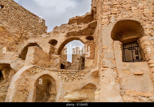 Berber architecture stock photos berber architecture for Architecture troglodyte