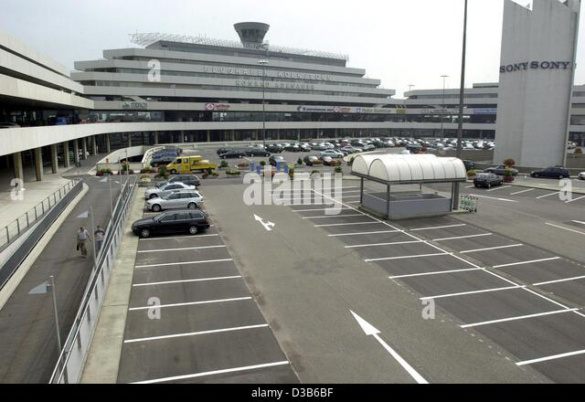 Terminal Parking Stock Photos Terminal Parking Stock Images Alamy - Parking at baltimore cruise ship terminal