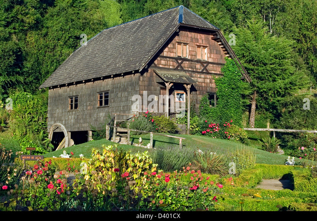 Colonial houses german stock photos colonial houses for German colonial house