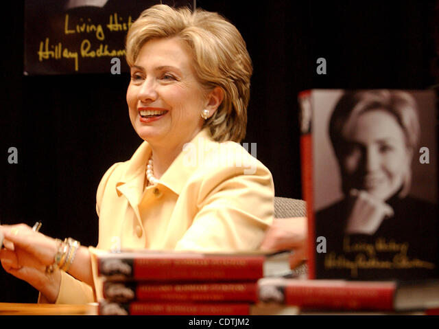 living history by hillary rodham clinton Hillary clinton tells her life story in living history she does it with grace and caution, revealing only those details not likely to fuel her enemies's venom.
