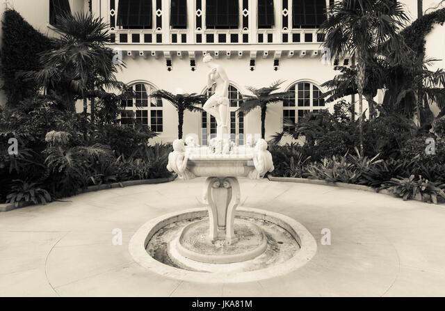 the contributions of henry flagler to florida 1959 jean flagler matthews, henry flagler's granddaughter, established the henry morrison flagler museum as a nonprofit corporation the museum's extensive collection of art, the museum's extensive collection of art,.