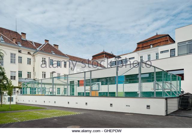 Cladding school stock photos cladding school stock for Design schule wien