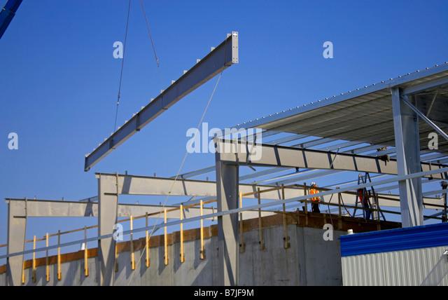 Steel girder being lifted onto roof of building; Canada Ontario Hamilton (Composting & Steel Roof Girders Beams Stock Photos u0026 Steel Roof Girders Beams ... memphite.com