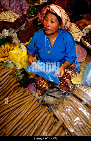 kota bharu single mature ladies Loveawake kota kinabalu dating site knows single women already have too much on their plate so we take the hard work out of dating for you kota kinabalu single ladies.