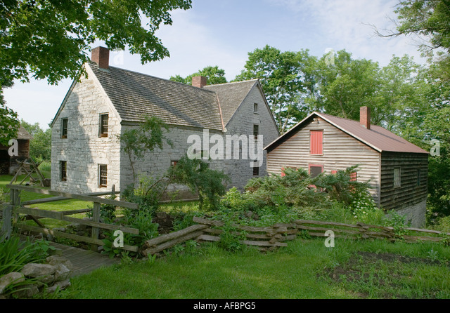 saint johnsville men 1679 mill rd, st johnsville, ny for sale:  built in the 1830s, the residence was  formerly a stone grist mill, and operated until the 1930s in st johnsville  he is  a retired industrial arts teacher amongst man other things.