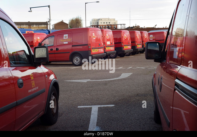 royal mail vans stock photos royal mail vans stock images alamy. Black Bedroom Furniture Sets. Home Design Ideas