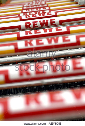rewe logo stock photos rewe logo stock images alamy. Black Bedroom Furniture Sets. Home Design Ideas