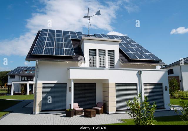 House Solar Panels Roof Stock Photos Amp House Solar Panels