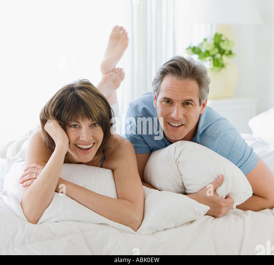 middle age couple bed stock photos middle age couple bed stock images alamy. Black Bedroom Furniture Sets. Home Design Ideas