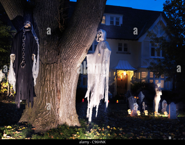 Ghosts in the graveyard stock photos ghosts in the graveyard stock images alamy - Halloween decorations toronto ...