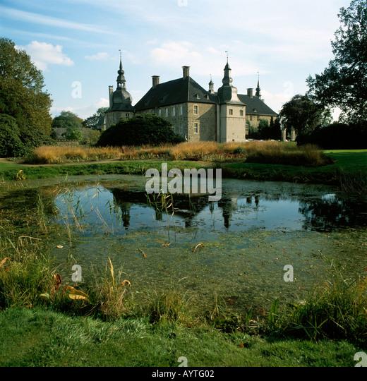 Schloss lembeck stock photos schloss lembeck stock for Kleiner teich