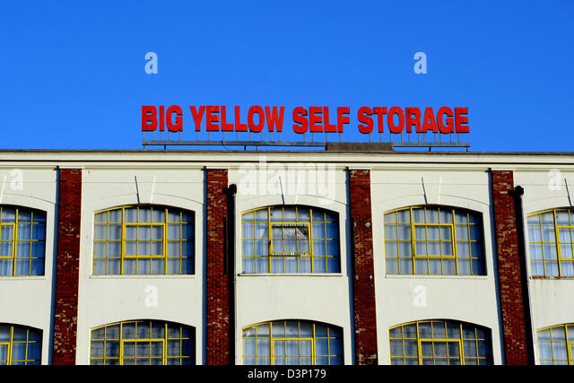 big yellow self storage stock photos big yellow self storage stock images alamy. Black Bedroom Furniture Sets. Home Design Ideas