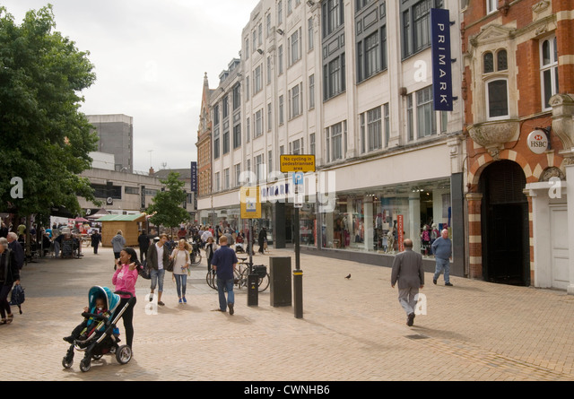 economic issues in the high street retail Strategy and innovation: the case of nigeria's retail market  two places with high concentration of internet users and facilities as  @economic_issues.