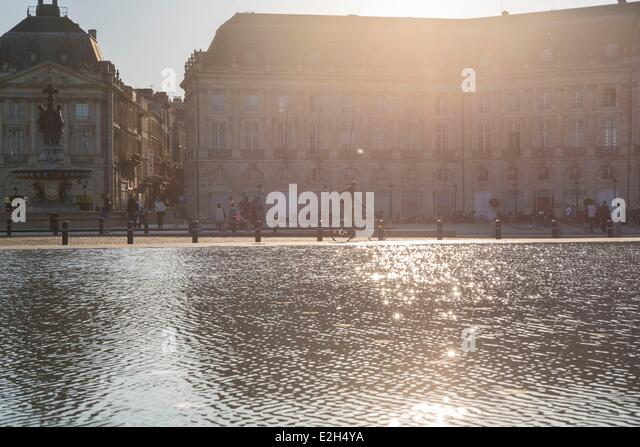 Bordeaux bicycle stock photos bordeaux bicycle stock for Mirror pool bordeaux