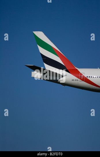 emirates tail logo - photo #21