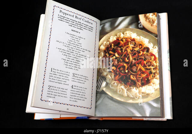 Hot and Spicy Recipes cookery book peppered beef cashew with noodles - Stock Image