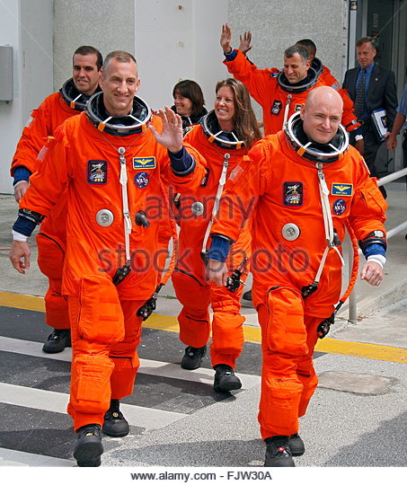 space shuttle endeavour crew members - photo #21