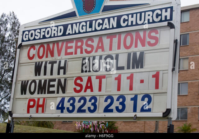 gosford muslim Members of the group, party for freedom, were dressed in mock islamic garb when they barged into the gosford anglican church on the new south wales central coast on sunday they pretended to pray while playing muslim prayers on a loudspeaker and criticised islam before walking out.
