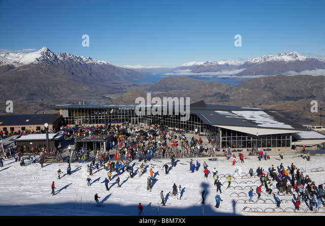Skifield stock photos skifield stock images alamy for 5 the terrace queenstown