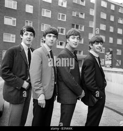 ¿Cuánto mide Paul McCartney? - Real height The-beatles-john-lennon-ringo-starr-george-harrison-paul-mccartney-b3nk4k