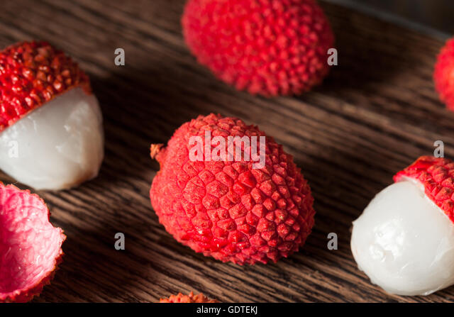 lychee fruit how to eat