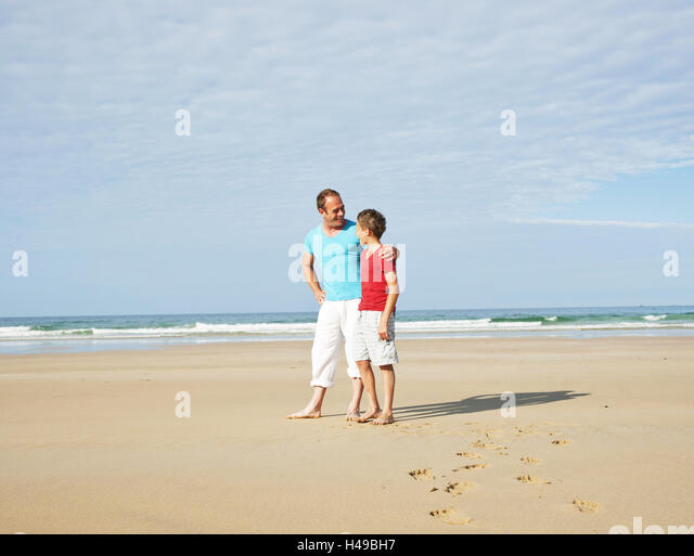 Beach mates stock photos beach mates stock images alamy for Sunflower terrace 29 palms