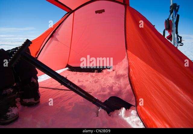Polar expedition tent on ice cap Greenland - Stock Image & Tent Polar Explorer Stock Photos u0026 Tent Polar Explorer Stock ...