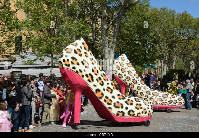 What Is Shoe Carnival Sale Cycle