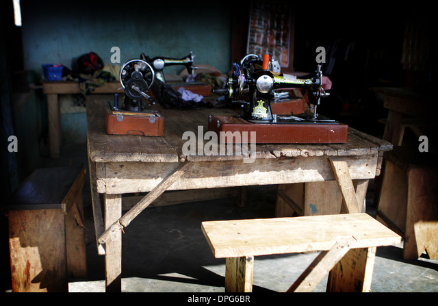 sewing machine for tailor shop