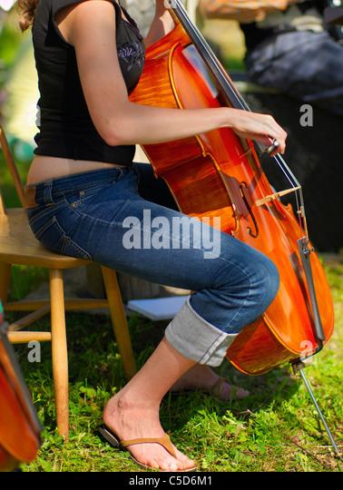 Girl Cello Playing Stock Photos & Girl Cello Playing Stock ...