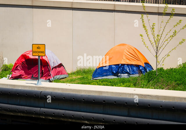 View Chicago River Illinois Downtown riverside bank embankment wharf river scene tent tents homeless dosser dossers & Riverside Tent Stock Photos u0026 Riverside Tent Stock Images - Alamy
