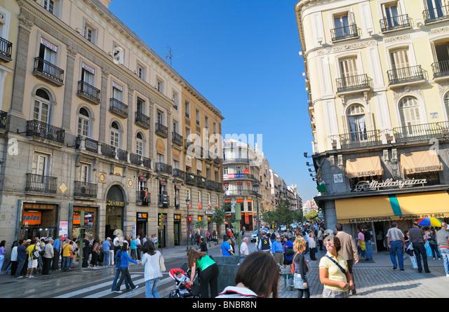Puerta del sol madrid stock photos puerta del sol madrid for Puerta del sol 9 madrid