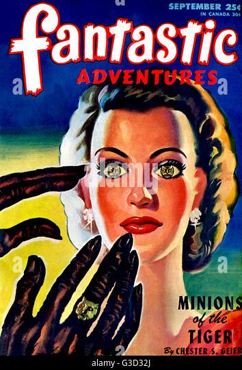 Fantastic Story Magazine 1950 Pulp Comic Books: Fantastic Story Magazine Stock Photos & Fantastic Story