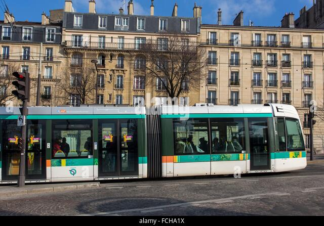 Porte de versailles stock photos porte de versailles for Salon porte de versailles transport