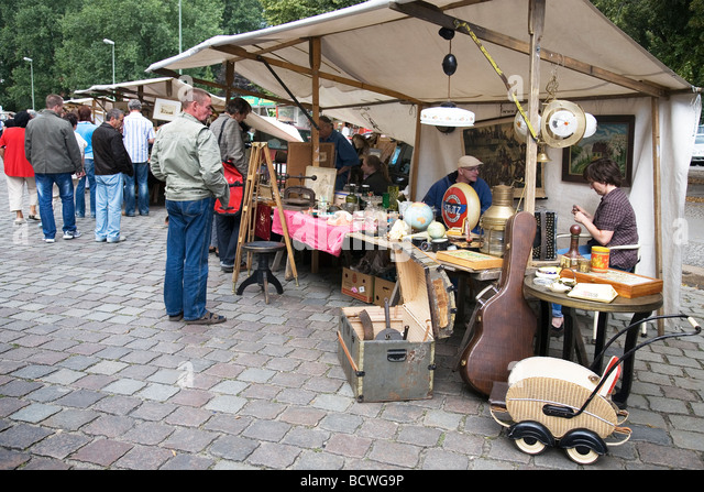 antikmarkt stock photos antikmarkt stock images alamy. Black Bedroom Furniture Sets. Home Design Ideas