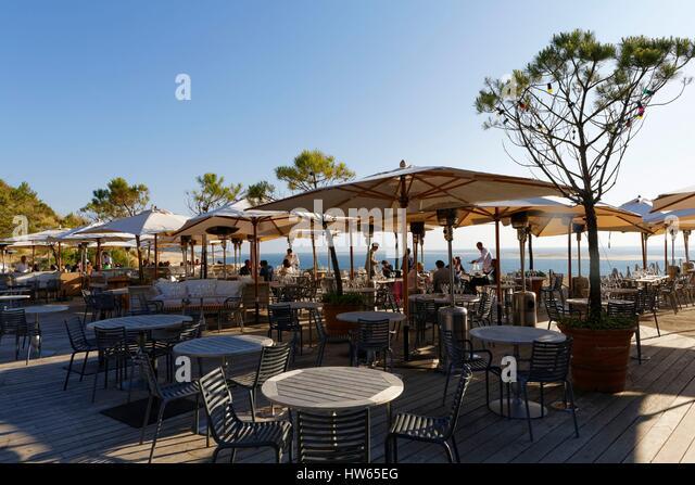 Sur la mer restaurant stock photos sur la mer restaurant stock images - Restaurant la coorniche ...
