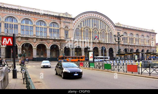 Railway station turin stock photos railway station turin - Torino porta nuova metro ...