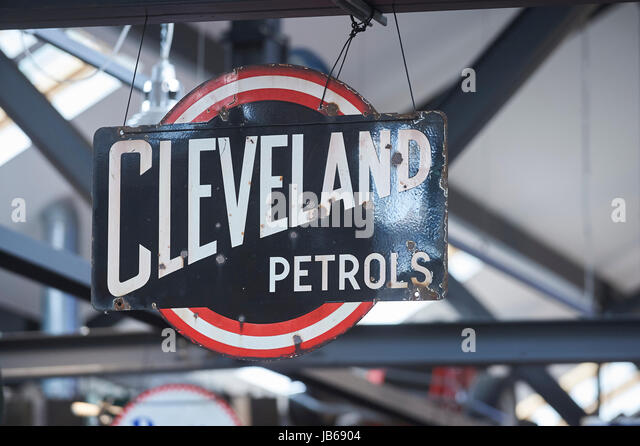 petrol station icon stock photos petrol station icon stock images alamy. Black Bedroom Furniture Sets. Home Design Ideas