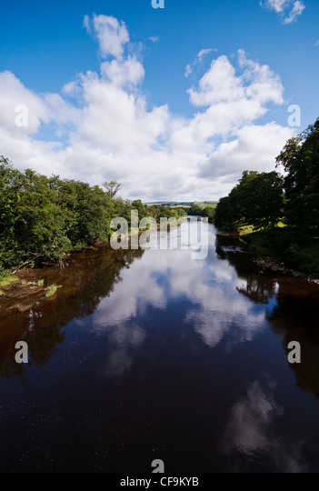 Armathwaite stock photos armathwaite stock images alamy River flowing from the garden of eden