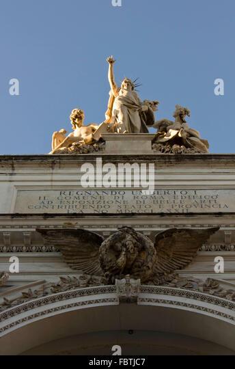 Statue of umberto i stock photos statue of umberto i for Palazzo delle esposizioni rome italy
