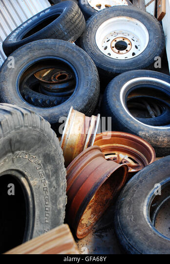 Used Tire Shop Stock Photos Amp Used Tire Shop Stock Images