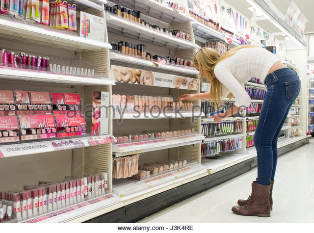 Shopping For Makeup Stock Photos & Shopping For Makeup Stock ...