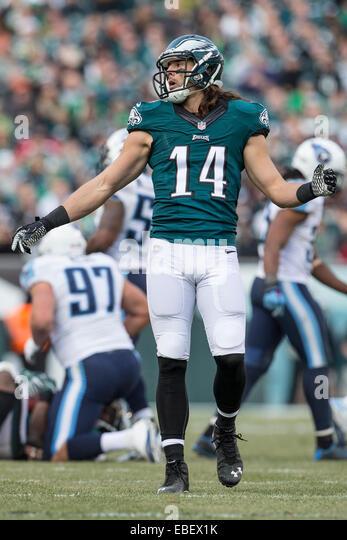 e9bc93f9cc9 ... 2014 Philadelphia Eagles wide receiver Riley Cooper (14) looks on ...