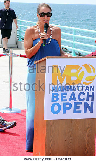 holly mcpeak pro beach volleyball walk of fame ceremony held on manhattan beach los angeles california