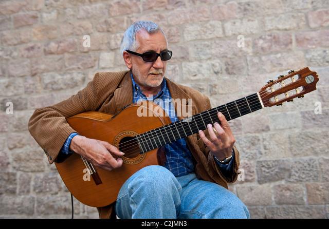 how to play spanish sahara on guitar