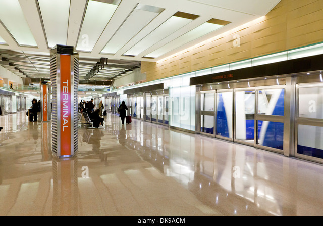 Dulles Airport Stock Photos Dulles Airport Stock Images Alamy