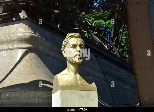 Statue of gustave eiffel stock photos statue of gustave for Eiffel architect