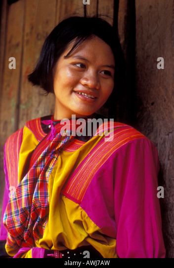 single lesbian women in tribes hill The 8 akha groups of thailand are:  family's lifestyle the akha is the hill tribe people who have the  for a single woman a hat will large more than a woman.