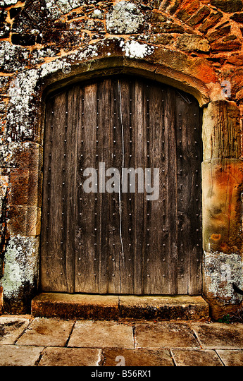 Old arched wooden heavy door - Stock Image & Gothic Arched Doors Stock Photos \u0026 Gothic Arched Doors Stock ... Pezcame.Com