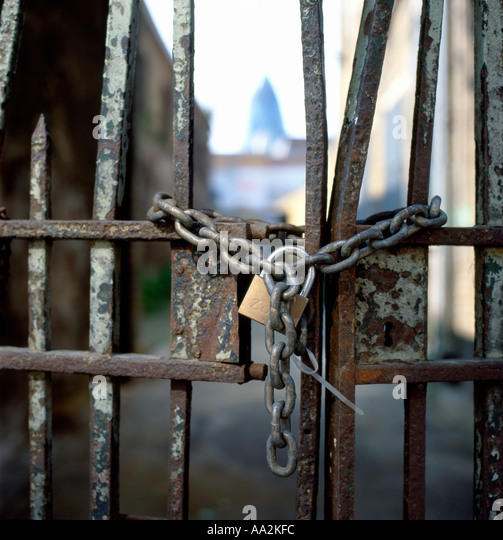 Security Chain Gates Closed Stock Photos Amp Security Chain